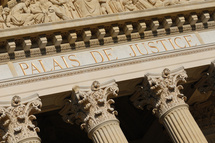 La loi du 13 décembre 2011 de répartition des contentieux étend au TGI la procédure d'injonction de payer