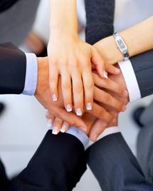 Holdings interprofessionnelles d'exercice libéral : parution du  décret du 23 mars 2012