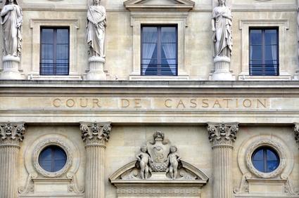 La Cour de cassation confirme l'application des articles L.441-1 et L.441-10 du Code de commerce à tous les professionnels, qu'ils aient ou non la qualité de commerçant